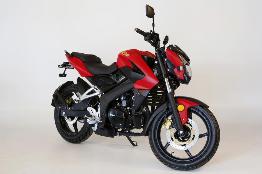 apg moto roadster 125 yves motors. Black Bedroom Furniture Sets. Home Design Ideas